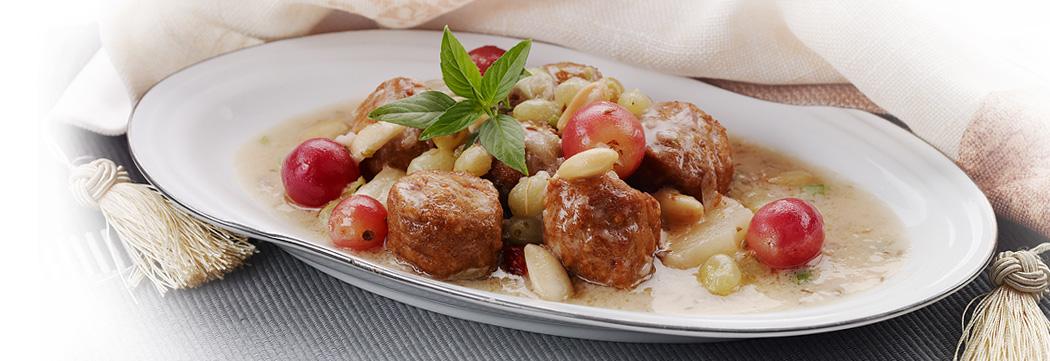 Kofta with Glazed Fruits