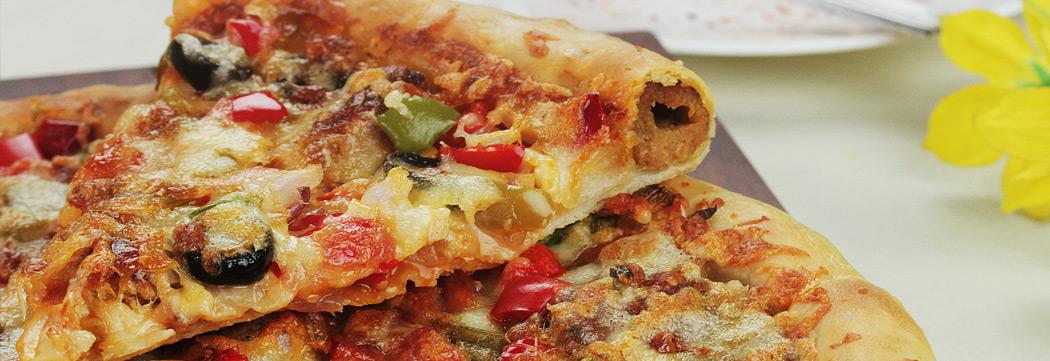 Seekh Kabab Stuffed Pizza